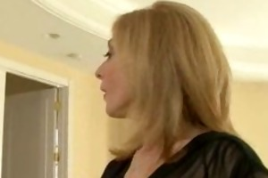 large booty nina hartley