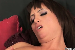 bizarre d like to fuck sophia enjoys her pierced