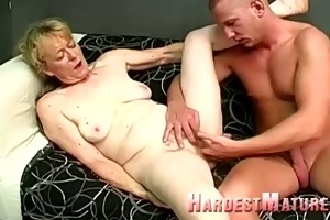 smutty granny with a shaggy twat